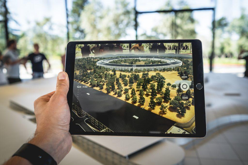 Realtà aumentata e realtà virtuale per eventi: l'AR può aggiungere letteralmente dei nuovi livelli visivi al vostro evento.